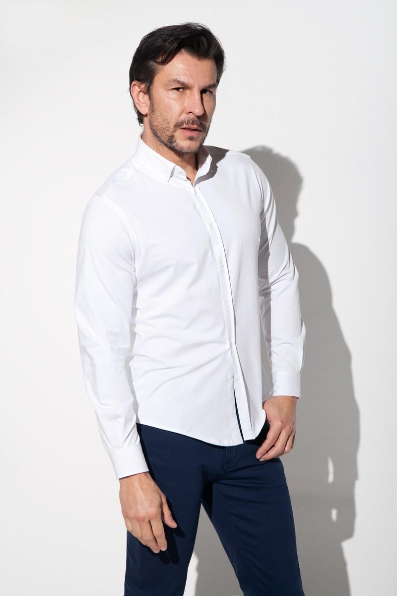 biała koszula męska z dzianiny