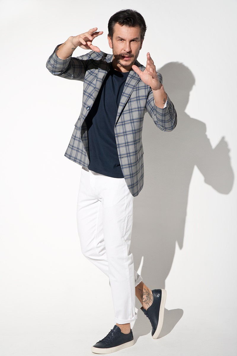 Men's jacket with check.
